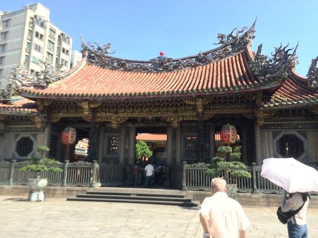 台湾:龍山寺.JPG